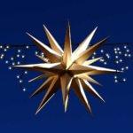 Stern mit Lichterkette für Adventsmarkt der Historischen Mönchmühle