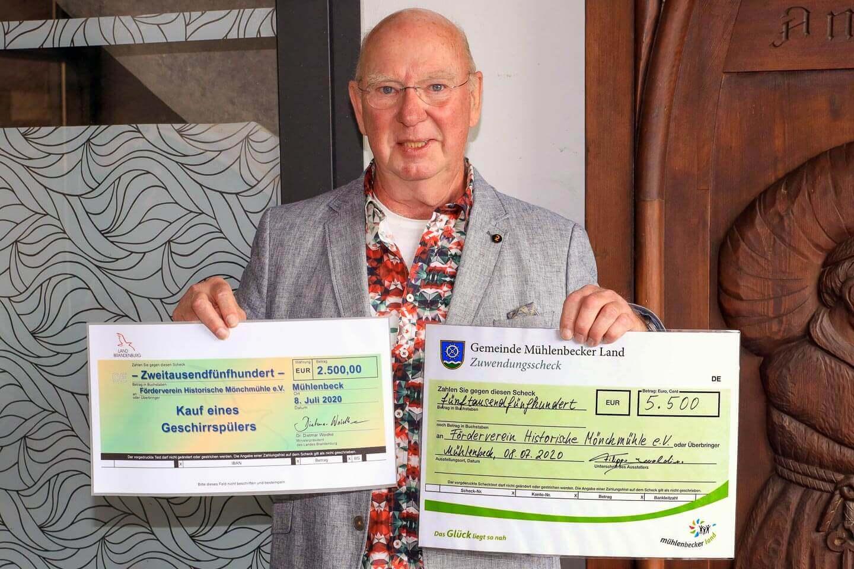 Geld für ökologisches <br>Geschirr(-Management) und<br> Ehrenamtspreise 2020